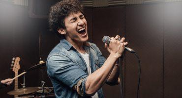 11 Canciones poperas que hasta el más metalero de tus amigos conoce