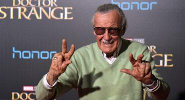 WTF!? Al parecer están usando la sangre de Stan Lee para firmar cómics