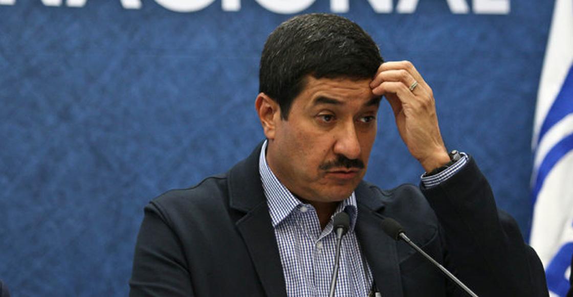 Atacan a escoltas de gobernador de Chihuahua, Javier Corral