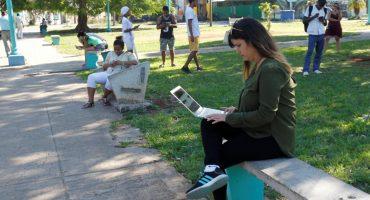 ¿Violación a su soberanía? Trump busca que cubanos tengan mayor acceso a Internet