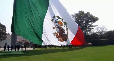 Equipos y deportistas celebran el Día de la Bandera