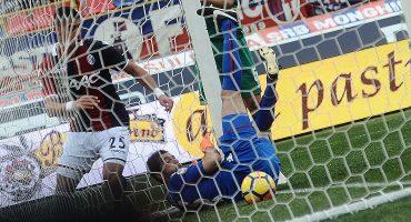 Por si fuera raro ver un gol olímpico, ¡en el Bolonia vs. Fiorentina hubo dos!