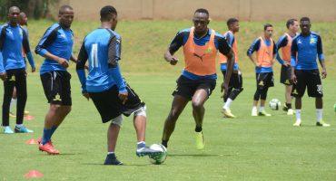 Usain Bolt ya anunció con qué equipo jugará, una pista: será en Old Trafford