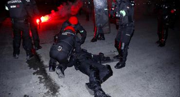 Muere un ertzaina en enfrentamiento previo al Athletic vs Spartak en Europa League