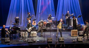Esta es tu oportunidad para ver a los músicos originales de David Bowie... ¡EN VIVO!