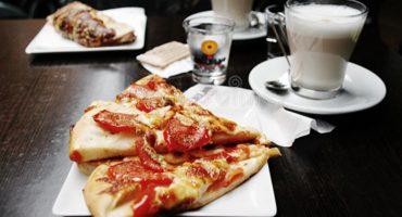 ¿Desayunar Pizza es más sano que una taza de cereal? 樂