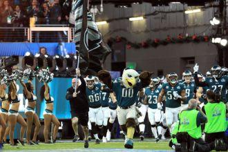 Philadelphia entrando al campo de juego / Getty Images