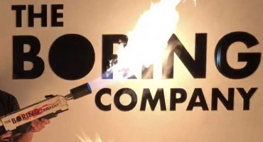 Burn Baby Burn: Elon Musk ahora vende...¿lanzallamas?
