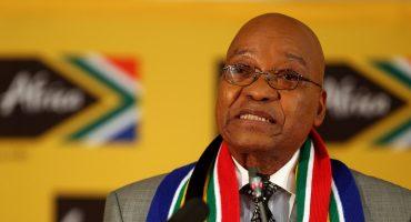 ¡Otro corrupto! Su propio partido le pide al presidente de Sudáfrica que renuncie