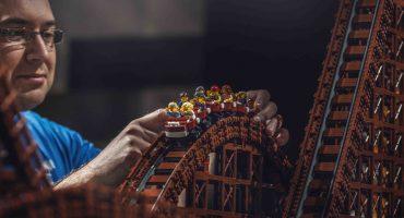 ¡WOW! Checa la montaña rusa más grande hecha con Legos