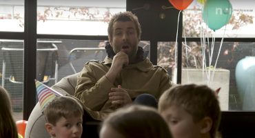 Liam Gallagher responde preguntas de niños sobre Noel, Disney y futbol... as you were LG x