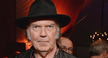 Sestanpeleando: Neil Young acusa a Google de promover la piratería