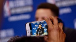Steph Curry en la palma de tu mano Foto: Raúl Gutiérrez/Sopitas