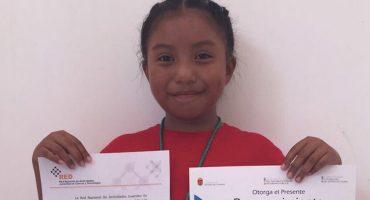 Una niña de 8 años es la primera en recibir premio de Ciencia Nuclear en México 😱