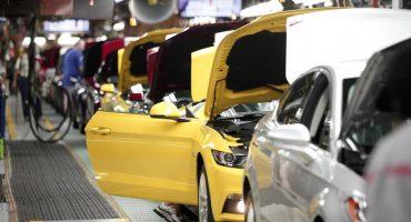 La producción de vehículos ha bajado por bloqueos de la CNTE