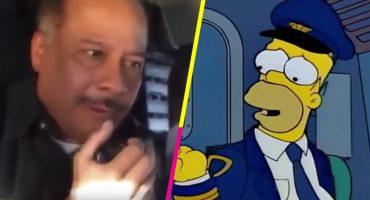 Douh! Humberto Vélez se metió a la cabina de un avión y revivió a Homero Simpson