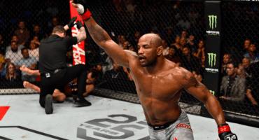 Yoel Romero destrozó a Luke Rockhold en UFC 221 y va directo por el título