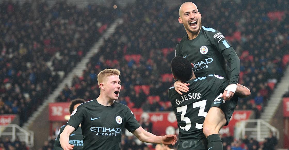 Gracias a Silva, Manchester City ganó fácil y Stoke se hunde en el descenso