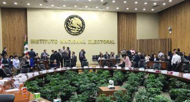 INE sanciona a los 48 aspirantes independientes por la presidencia