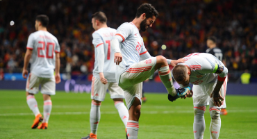 España goleó a Argentina