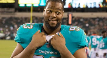 Ndamukong Suh firma con el 'Dream Team' llamado Los Angeles Rams