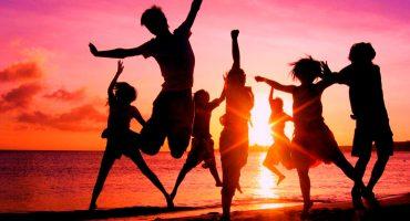 15 canciones para armar tu Acapulco en la azotea🌴🌊