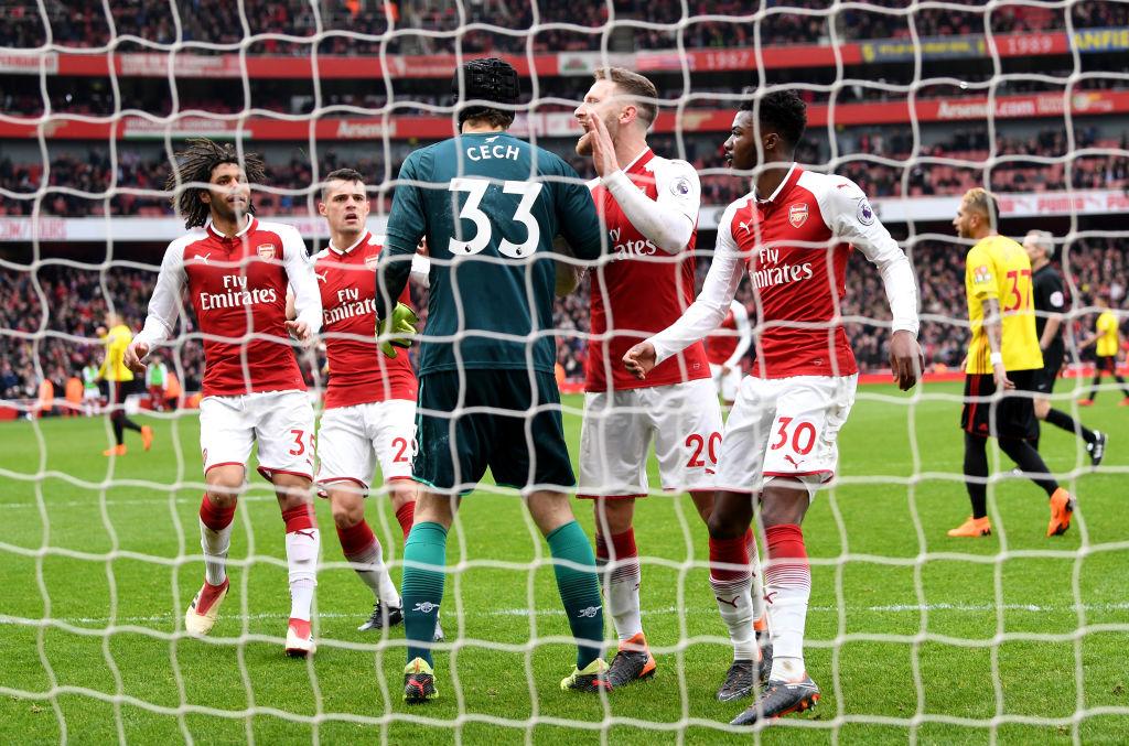 Victoria para el Arsenal sobre el Watford y récord histórico para Petr Cech