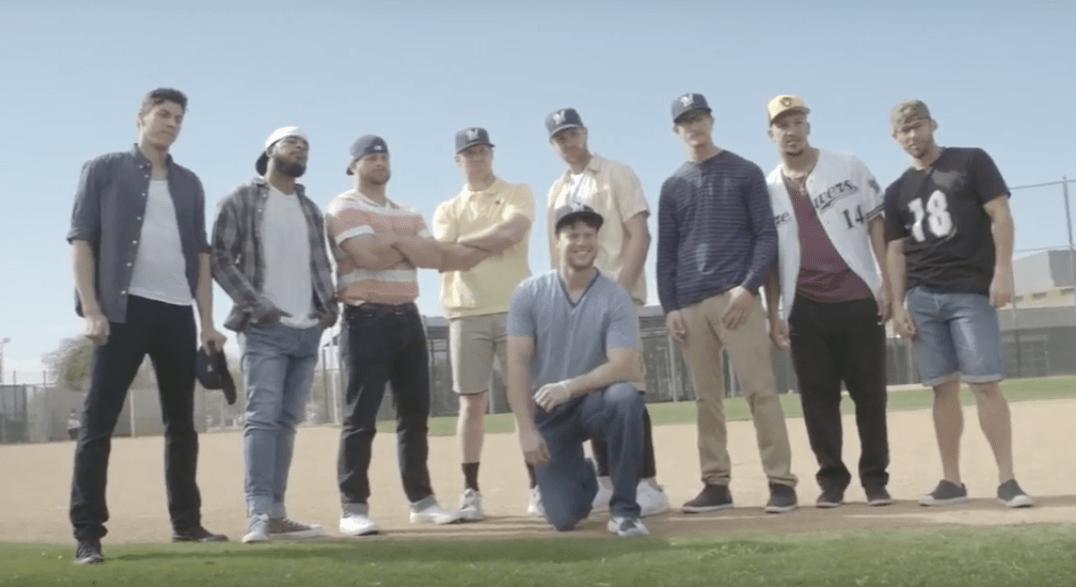 Los Milwaukee Brewers se rifaron una mítica escena de la película