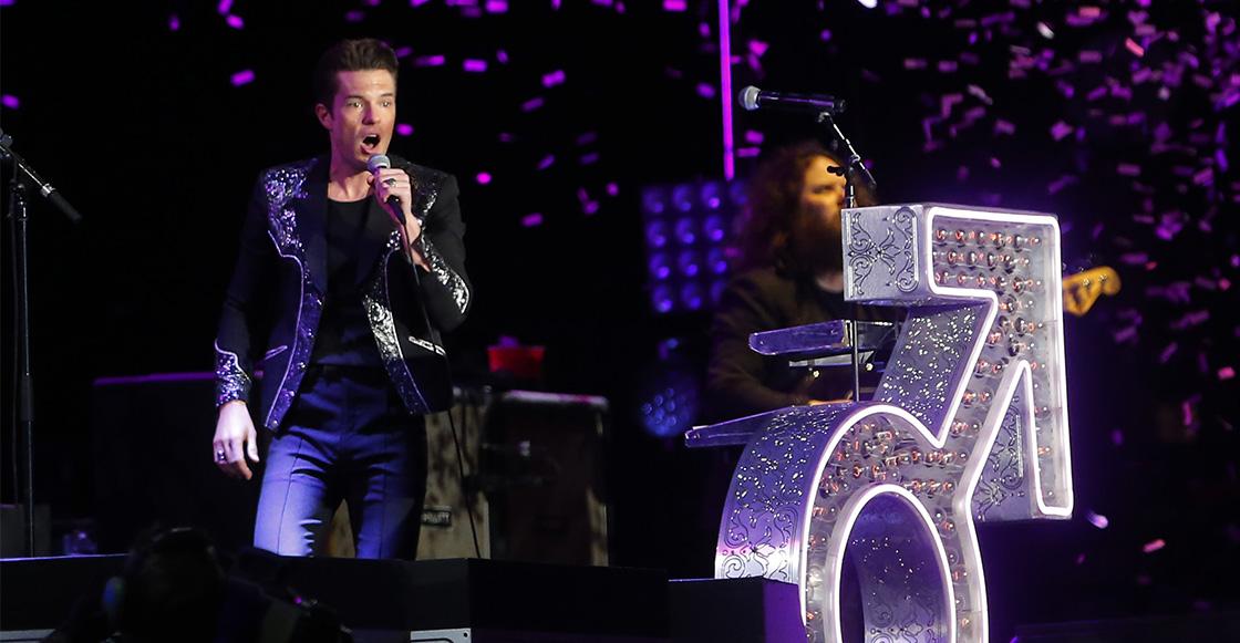 ¿Golpe avisa? Brandon Flowers azotó como res en un concierto que dio The Killers en Paraguay