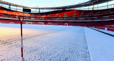 Galería: La tremenda nevada en Emirates Stadium previo al Arsenal vs Manchester City