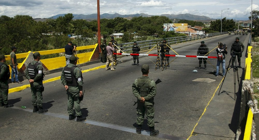 Colombia cierra frontera con Venezuela para que 'no sea un distractor del debate electoral'