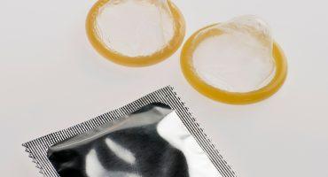 Multan a proveedoras de condones y sondas de látex del sector salud en México