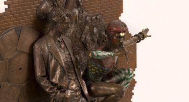 ¡Develan la primera estatua de David Bowie en el mundo!