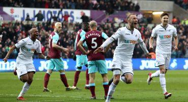 Con Chicharito de titular le llueven otros 4 goles al West Ham contra el Swansea