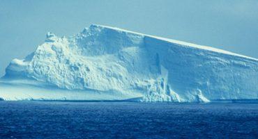 Así suena un glaciar cuando se desliza un hielo en su interior
