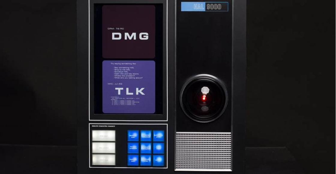 Open the pod bay doors: Ahora puedes tener tu propio HAL 9000 en tu casa...¡y funciona!