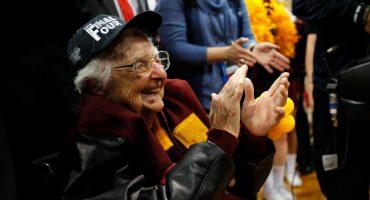 Sister Jean, la monja de 98 años que es la inspiración de Loyola en March Madness