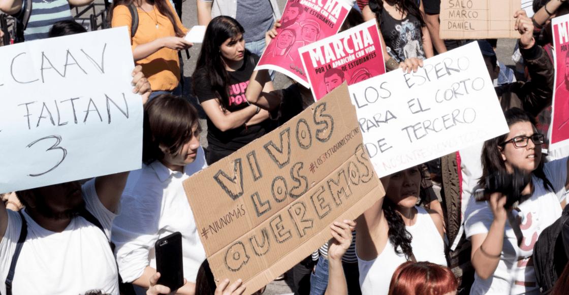 manifestación en contra de desaparición de estudiantes