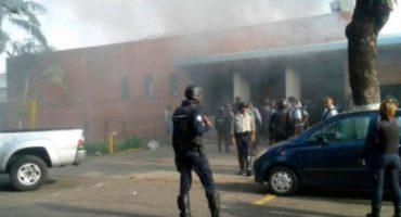 Motín en cárcel de Venezuela desata incendio, saldo de 68 personas muertas