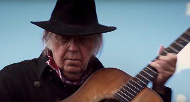 Neil Young es una leyenda vaquera en el nuevo tráiler de Netflix para 'Paradox'