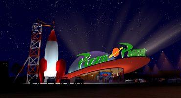 ¡Abran paso! Habrá restaurante de Pizza Planeta, el mismo de Toy Story, en Disneyland