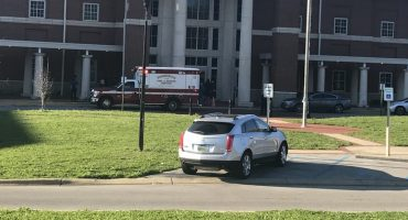 ¡Que alguien haga algo YA! Se reporta tiroteo en una secundaria de Alabama...