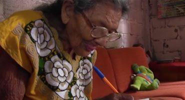 ¡Que nada los detenga! Esta señora aprendió a leer a sus 96 años