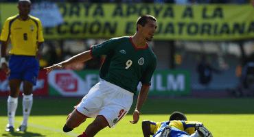 Borgetti compite con Ronaldinho por el mejor gol en los Mundiales