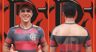 Aficionado brasileño se tatúa completa la playera de su equipo