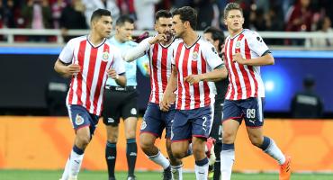 ¡Escándalo en Chivas! Jugadores están inconformes por falta de pagos