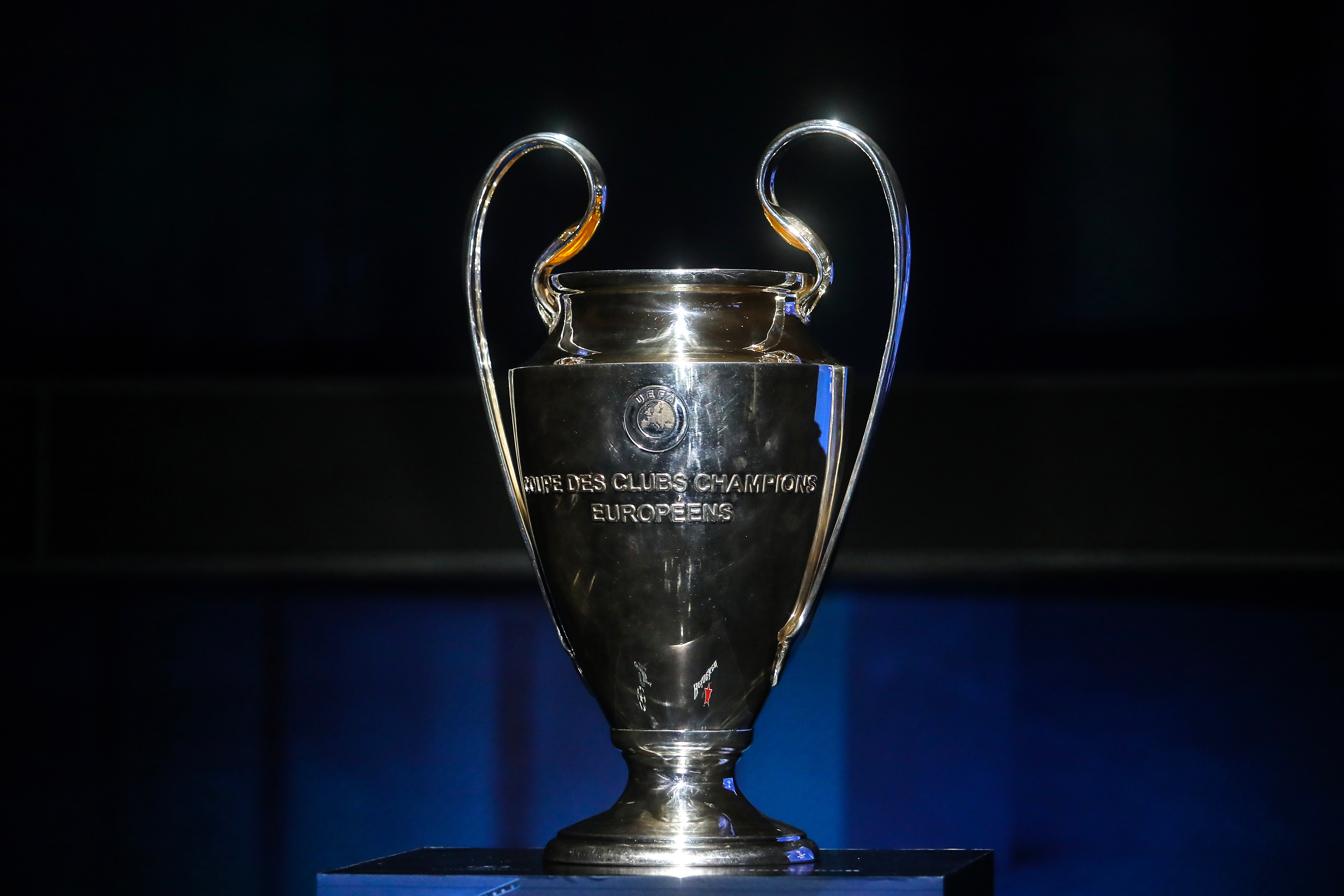 MEXICO CITY, MEXICO - MARCH 09: UEFA Champions League Trophy is displayed during the UEFA Champions League Trophy Tour presented by Heineken on March 09, 2018 in Mexico City, Mexico. (Photo by Hector Vivas/Getty Images)