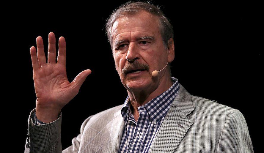 Vicente Fox cuestiona a ya sabes quién
