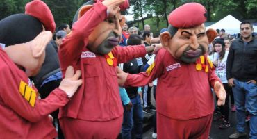 Whaaaat? Llegaron botargas de Hugo Chávez a un evento de Morena en Veracruz