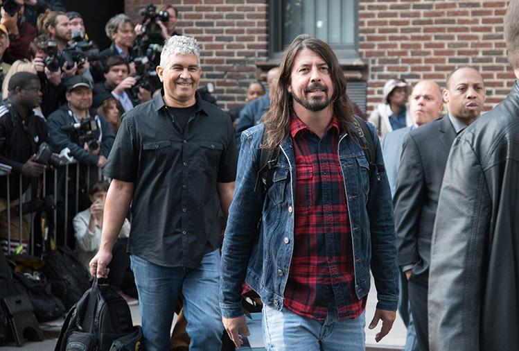 Aaaw, Mike Shinoda cuenta cómo Dave Grohl lo ayudó después de la muerte de Chester Bennington